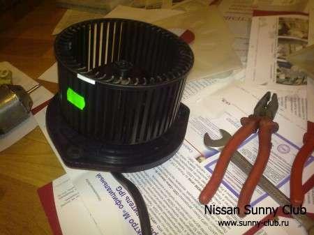 Замена мотора нагнетателя печки Sunny FB15