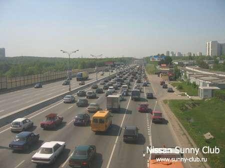 В России, несмотря на стремительный рост автопарка, продолжает снижаться аварийность