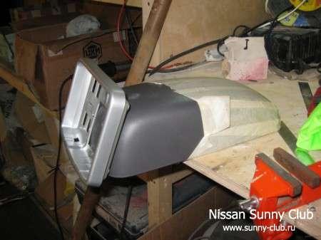 Телевизор в подлокотнике